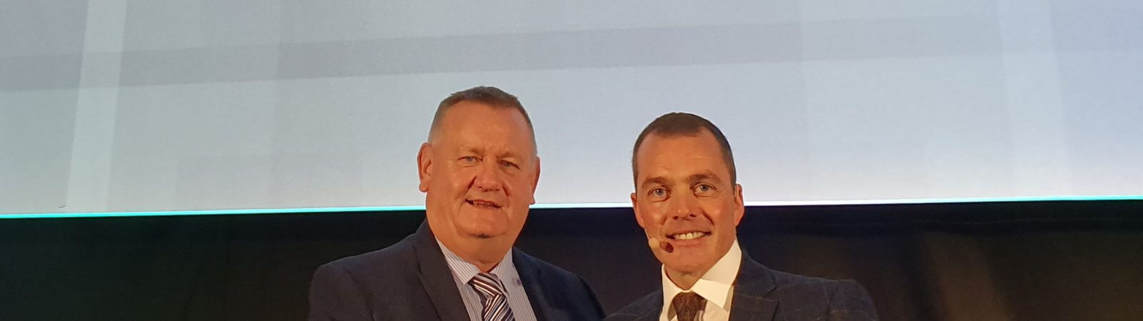 Russell Armer site manager collects national quality award
